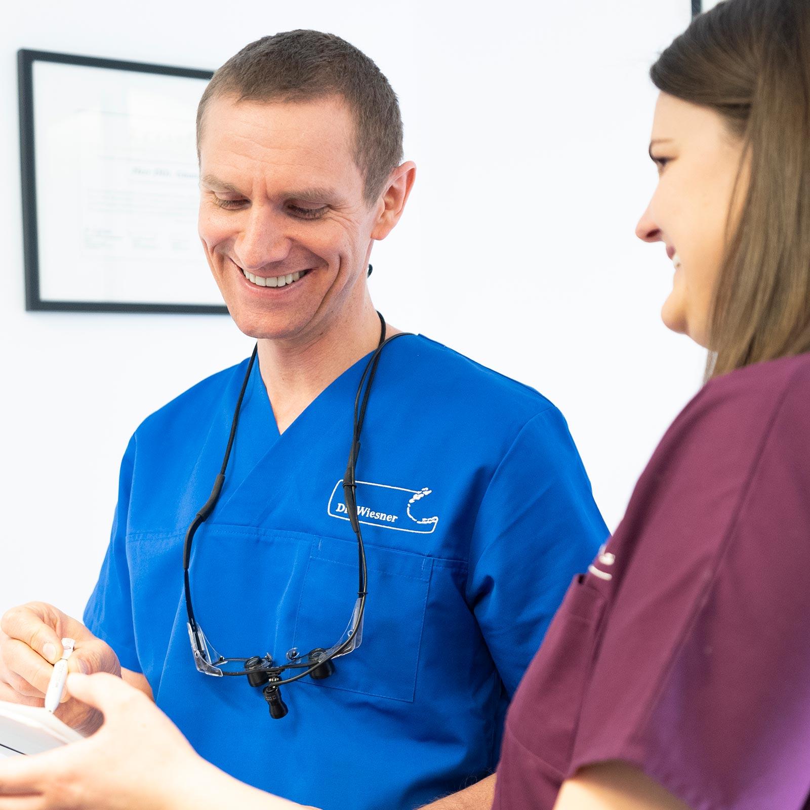 Schwerpunkte der Zahnarztpraxis Wiesner in Innsbruck.